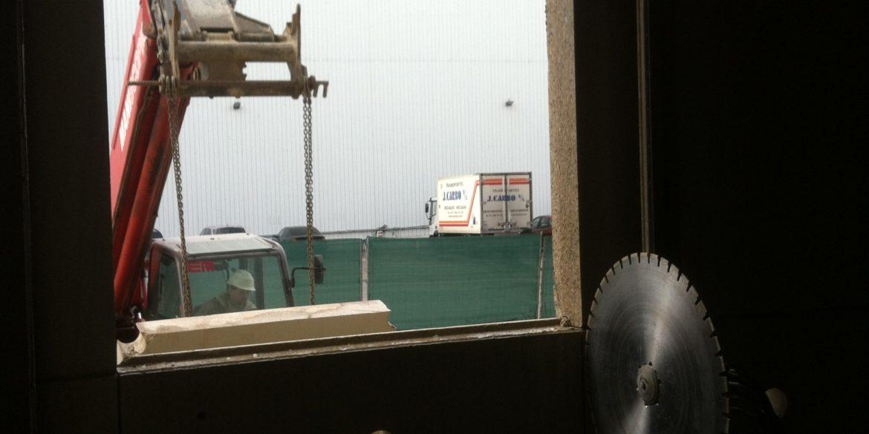 corte-de-hormigon-ventana-nave