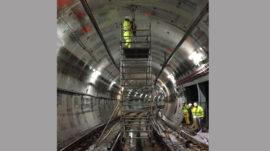 taladro-de-hormigon-en-parte-superior-tunel-tren
