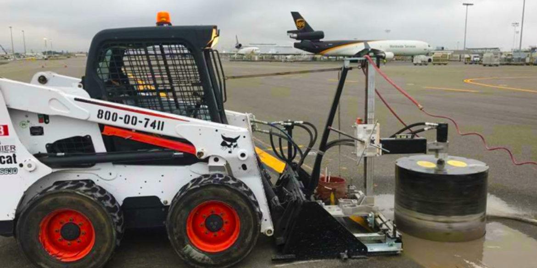 Taladro en hormigón para pista de aeropuerto